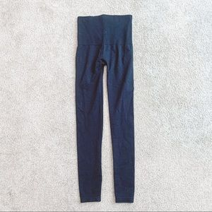 SPANX black look at me now leggings size m